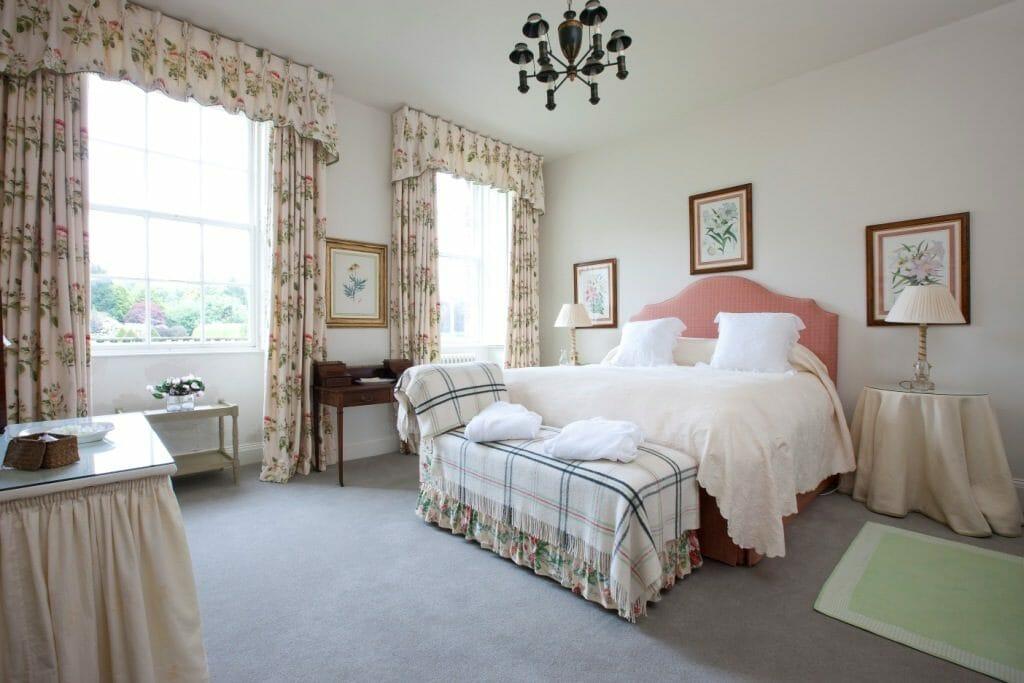 Gordon Castle Rose Bedroom